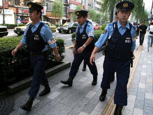 Nhật Bản thuê cả máy bay riêng để trục xuất hàng chục người về Việt Nam ngay tức kh ắc Mỹ sẽ không đánh « hộc máu mũi » Bắc Triều Tiên
