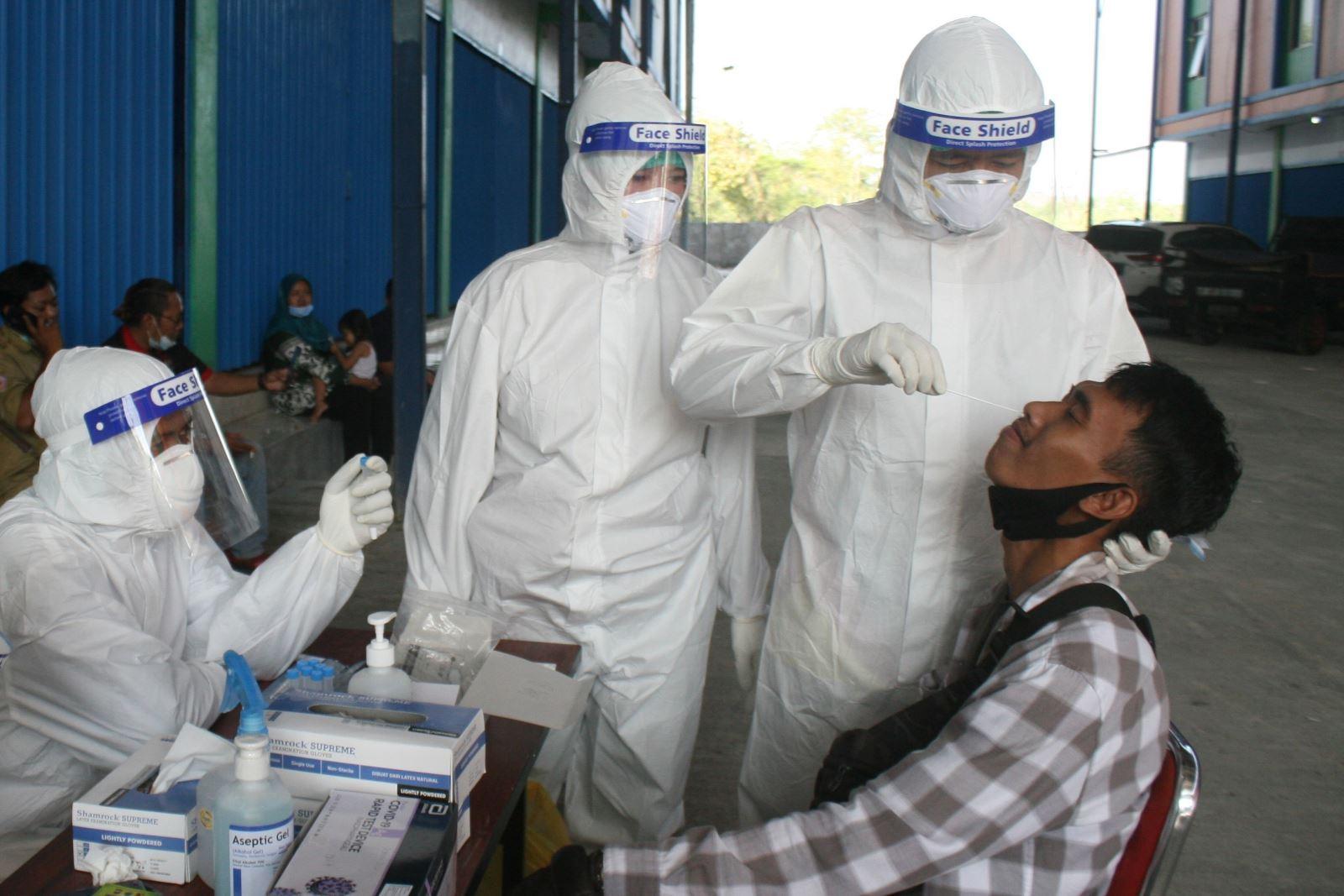 Một nước Đông Nam Á bị cảnh báo là 'bom hẹn giờ' COVID-19