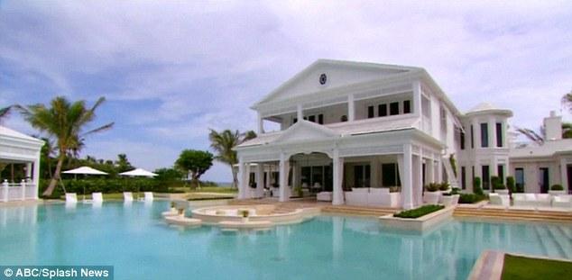 Chồng mất Celine Dion bán siêu dinh thự