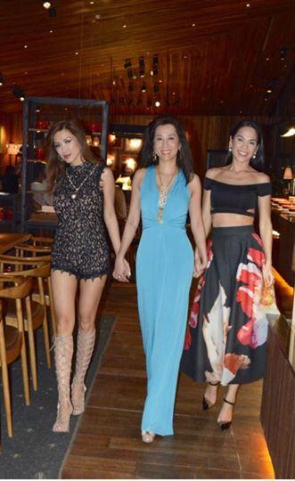 Trúc Linh tưng bừng về VN chúc mừng MC Kỳ Duyên ra mắt phim