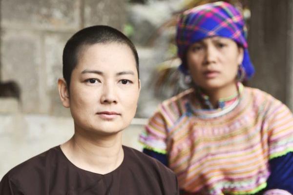 Lộ diện chồng con Singapore của mẫu Việt