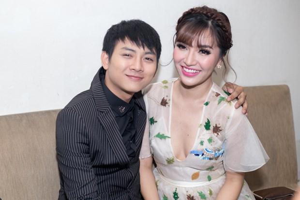 Đây là bạn gái mới của Hoài Lâm, con trai nuôi Hoài Linh?