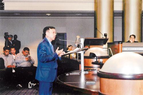 Ông vua xử lý rác gốc Việt đã tượt mất hợp đồng tỷ đô tại Oakland, Mỹ