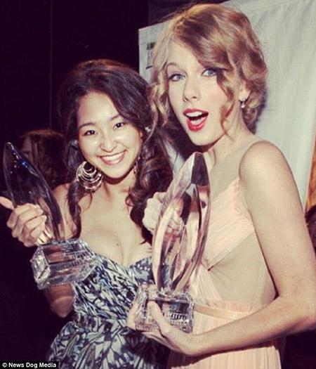 Báo Mỹ ầm ầm về cô nàng gốc Việt thường xuyên tiệc cùng với Taylor Swift, Justin Bieber