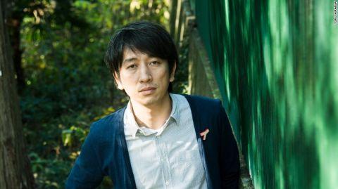 """Lí do hàng trăm nghìn người trẻ ở Nhật """"tự kỉ"""" ở nhà hàng năm trời"""