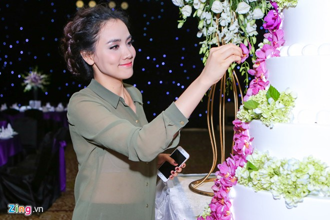 Tiệc cưới vợ chồng Trang Nhung giới thiệu